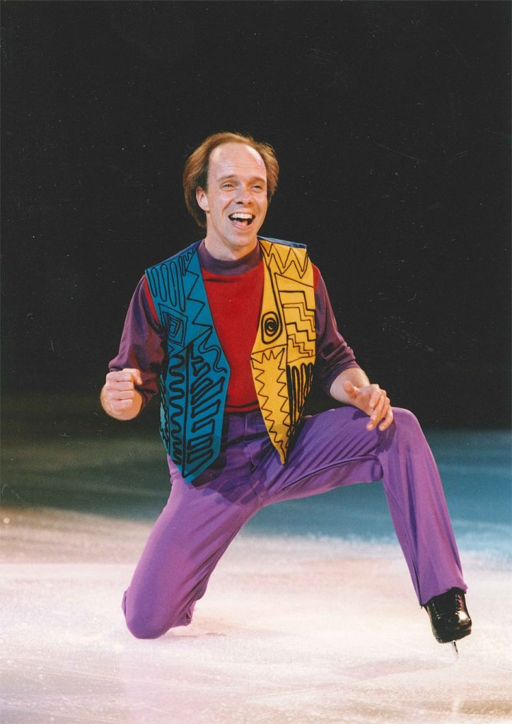 Scott Hamilton performing to Aerosmith